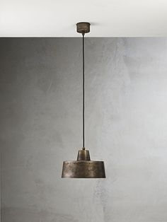An iron suspension lamp. Thanks Il Fanale! Indoor Wall Lights, Ceiling Lights, Interior Lighting, Lighting Design, Iron Heights, Light Shades, Lamp Light, Pendant Lighting, Appliques
