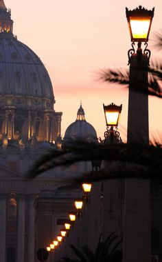 Evening lights in the eternal city, Rome