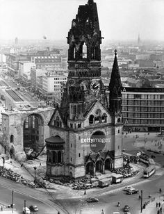 Germany Poland, East Germany, Berlin Germany, Gedächtniskirche Berlin, West Berlin, City Buildings, Kirchen, Cold War, Military History