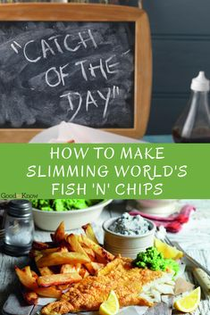 Think you can't have a nice portion of fish and chips on a diet? This Slimming World fish and chips recipe means you can Slimming World Healthy Extras, Slimming World Recipes, New Recipes, Dinner Recipes, Cooking Recipes, Favorite Recipes, Mushy Peas, Real Family, Classic Recipe
