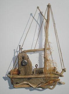 DRIFTWOODART Driftwood Beach, Beach Wood, Driftwood Art, Driftwood Projects, Driftwood Sculpture, Sea Crafts, Creation Deco, Nautical Art, Sea Art