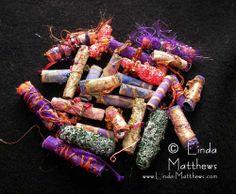 Fabric bead tutorial by Linda Matthews  Perles en tissu autre méthode. Ma préférée !
