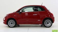 Le profil de la Fiat 500 est resté le même, cependant ses nouvelles jantes en alliage lui donnent un effet raffiné et élégant.