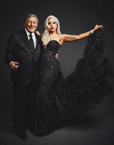 Tony Bennett and Lady Gaga - Danny Clinch Sin City 2, Lady Gaga Wedding, Lady Gaga Fashion, Grammy Fashion, Strapless Dress Formal, Prom Dresses, Lady Gaga Photos, Tony Bennett, Star Wars