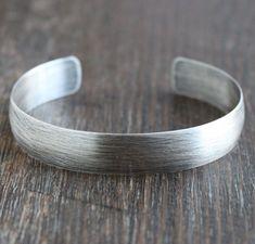 Men's Oxidized Silver Cuff Bracelet Bracelets For Men, Fashion Bracelets, Bangle Bracelets, Bracelet Men, Mens Silver Bangle, Silver Bangles, Silver Braces, Bracelets En Argent Sterling, Thing 1
