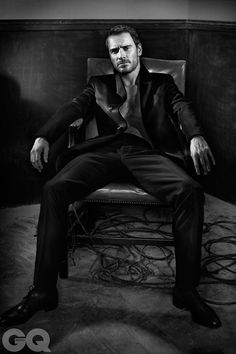 Mmmm Fassbender.. I mean, Michael..