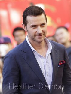 Pleasing the masses #RichardArmitage The man doesn't take a bad pic.