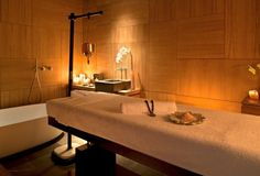 Mr & Mrs Smith - Spa treatment room