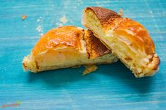 Die Mattentaart ist ein leckeres belgisches Blätterteig Gebäck mit Frischkäse-Mandelcreme Füllung. Die Mattentaart ist ein leckeres belgisches Blätterteig Gebäck mit Frischkäse-Mandelcreme Füllung. Video: youtu.be/DQxAdwlaSDw ----- #natuerlichlecker #natürlichlecker #homemade #healtyfoodporn #yummy #inspiration #foodie #foodforfoodies #foodporn #food #eatclean #eatgreen #foodculture #kochen #backen #essen #belgien #niederlande #netherlands