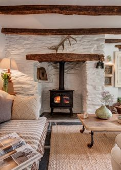 October Cottage in Cornwall UK Found this lovely cottage on Unique Home Stays. Talk about a cottage fantasy! This cottage is for rent and located in the hamlet of Rilla Mill, North Cornwall, UK. What a beautiful spot and love… Home, Rustic House, Cottage Fireplace, House Design, New Homes, Country Cottage Interiors, Cottage Homes, Cottage Decor, House Interior