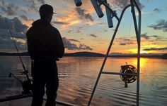 Fishing in Lake Miekojärvi with Lapland Wild Fish safari company in Pello in Finland