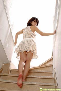 jumpinggirlsession:    Asuka Kishi岸明日香