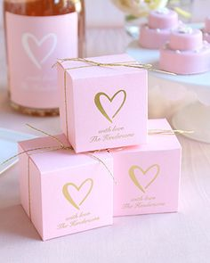 Package your wedding favors in the perfect pink boxes to celebrate your love