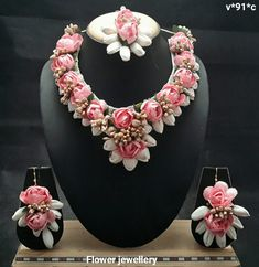 Pink Rose and White Mogra Flower Jewellery Set For Women's And Girls - Jewellery Flower Jewellery For Haldi, Indian Wedding Jewelry, Bridal Jewelry, Flower Jewelry, Indian Bridal, Jewelry Stores, Jewelry Sets, Flower Ornaments, Floral Necklace