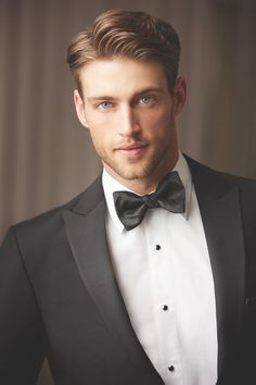 Connecticut's Best Tuxedo Rental with One Hour service! More New Styles of Slim Fit Looks than all stores combined. Award winning Wedding Tuxedos Specialized in the highest quality rentals. Black Tie Tuxedo, Slim Fit Tuxedo, Black Tie Affair, Heath Hutchins, Cool Tuxedos, Wedding Tux, Wedding Attire, Tuxedo Colors, Face Men