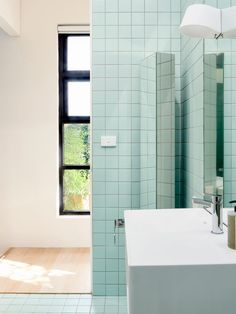 The Richmond home of Tonny Djajadi and Cheng Chee. Production – Lucy Feagins / The Design Files. Bathroom Colors, White Bathroom, Modern Bathroom, Bathroom Green, Bathroom Renovations, Home Remodeling, Bathrooms, Bathroom Inspiration, Interior Design Inspiration