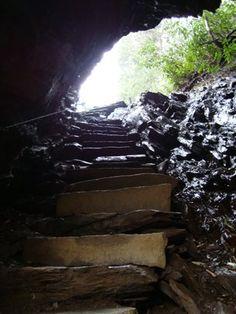 Arch Rock, along the Alum Cave Trail up to Mt.LeConte, GSMNP