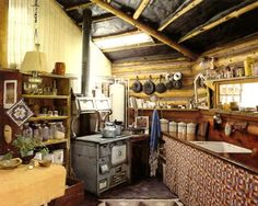 Rustic - kitchen | via 'The craftsman Builder' by Art Boericke and Barry Shapiro