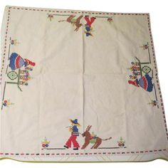Embroidered Senors and Senoritas Tablecloth