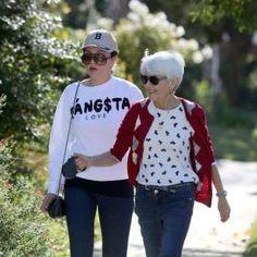 Amanda Bynes feels betrayed by parents