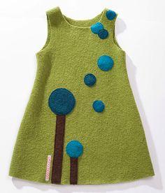 Dieser zauberhafte wärmende Kindheitsbegleiter zaubert strahlende Kinderhaugen:)    Aus 100% Schurwolle (Bio Wolle in Bluesign-Qualität) liebevoll ver