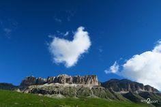 Dolomiti, Via Ferrata Cesare Piazzetta, Piz Boe m), Sella Group Monument Valley, Group, Nature, Travel, Naturaleza, Viajes, Destinations, Traveling, Trips