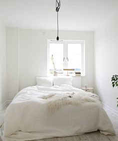 all white bedroom Beautiful Bedrooms, Home, Home Bedroom, Bedroom Interior, Room Inspiration, House Interior, Bedroom Inspirations, Home Deco, White Rooms