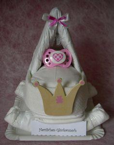 Foto 3 Windeltorte- Windelwagen- ideales Geburtsgeschenk für Eltern und Baby