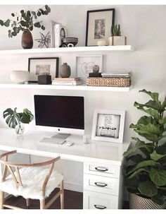 A minimal, Scandi-style home office with a white desk and chairs. (Modern decor house interior design, modern decor inspiration, modern décor office, minimalist home office desk inspiration. Cozy Home Office, Home Office Space, Home Office Desks, White Desk Office, Small Office Decor, Apartment Office, Office In Bedroom Ideas, At Home Office Ideas, White Desk Decor