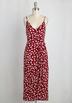 Lanai Must Be Dreaming Midi Dress in Crimson Floral. Perched atop your veranda with an iced tea in hand and clad in this red sundress, you pause for a moment. #red #modcloth