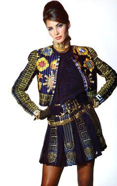 80s-90s-supermodels:Versace Autumn/Winter 1991Photographer: Patrick DemarchelierModel: Christy Turlington