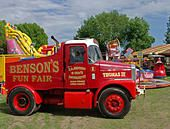Fun Fair, Tow Truck, Classic Trucks, Old Trucks, Transportation, Vans, Stock Photos, Vehicles, Classic Pickup Trucks