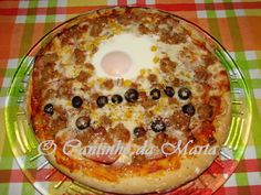 O Cantinho da Marta: Pizza de Alheira, Bacon e Ovo