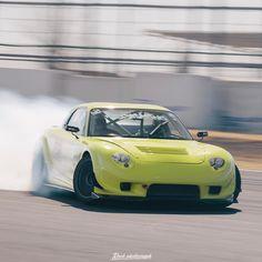 • Drift FD3S. Photo by #RockPhotograph #REAmemiya #Mazda #Fd3s #Drift #Rx7