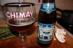 Name: Grottenbier Brewery: St Bernardus, Watou, Belgium ABV: 6.5% Style: Dubbel - Evocative of the classic abbey/Trappist dubbel aroma and taste template - plum, figs, dates and raisin yeast fruit esters, mid-toasted caramel malts, demerara sugar, a subtle mocha hit and grassy, earty hop. Not as well-known as some dubbels though it should be. [8] #belgianbeer #dubbel