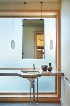 Elliott Bay House by Finne Architects