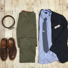 Another awesome flat lay by @theamateurprofessional Really liking the ligh blue button down with the army green pants and brown shoes! Awesome flat lay man!! #menfashion #menstyle #menwear #menswear #men #style #trend #clothing #springwear #springclothes #spring #outfit #outfits #outfitgrid #denim #colors #boots #bluepants #blogger #fashion #fashionstyle #fashionmen #dapper #amsco