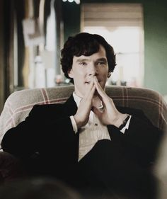 Image uploaded by mart. Find images and videos about sherlock, benedict cumberbatch and sherlock holmes on We Heart It - the app to get lost in what you love. Sherlock Bbc, Benedict Sherlock, Sherlock Fandom, Sherlock Holmes Benedict Cumberbatch, Sherlock Poster, Martin Freeman, Detective, Gotham, Mrs Hudson