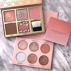 49 pretty makeup palettes that are almost too pretty - eyeshadow palettes . - 49 pretty makeup palettes that are almost too pretty – eyeshadow palettes … – 49 pretty makeu - Pink Eyeshadow Palette, Morphe Eyeshadow, Eyeshadow Makeup, Drugstore Makeup, Sephora Makeup, Makeup Brushes, Burgundy Eyeshadow, Urban Decay Eyeshadow Palette, Peach Eyeshadow