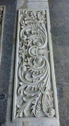 Una talla congruente Wood Carving Designs, Wood Carving Patterns, Wood Carving Art, Stone Carving, Wooden Door Design, Wooden Art, Wood Design, Ornament Drawing, Plaster Art