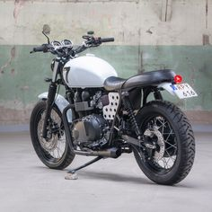 This Triumph Scrambler has been modified by to suit the city streets of Gothenburg.