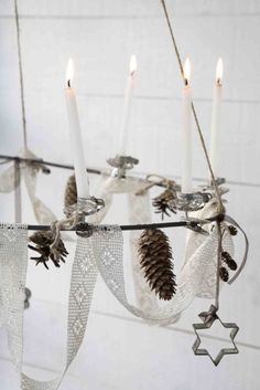 Check Out 60 Amazing Scandinavian Christmas Decorating Ideas. Scandinavian style is amazing for Christmas decor as Scandinavian people know well what a real winter is. Natural Christmas, Merry Little Christmas, Noel Christmas, Scandinavian Christmas, Winter Christmas, All Things Christmas, Vintage Christmas, Christmas Tree Candles, Christmas Decorations
