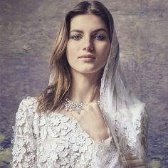 Shine in Trendy Jewelry on Your Big Day