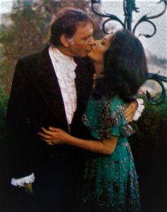 Elizabeth Taylor with Richard Burton in 1973.