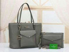 481882f0c95aa TAS BATAM BRANDED · Michael Kors tote bag 1881 set 2 in one Harga satuan  IDR 255.000 Bag size