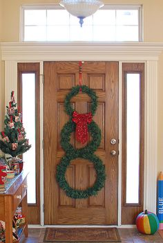 Home Sweet Home on a Budget:  Holiday Linkup Features
