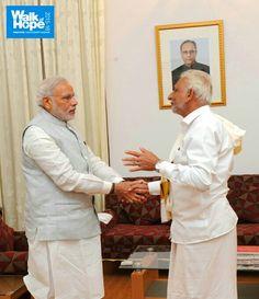 Sri M met with the Prime Minister Sri Narendra Modi in Bengaluru on 3rdapril 2015. #ShriM #MasterM #Walkofhope #RudreshT