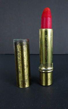 Vintage Lipstick Holder - Hazel Bishop Lipstick - Red Lipstick - Lipstick Case - Lipstick Tube - Vintage Makeup