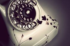Find from Graphic-Exchange Vintage Phones, Graphic Projects, Old Phone, Rotary, Vintage Floral, Hipster, Crafty, Paint, Living Room