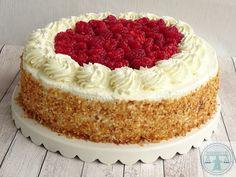 Slagroom - meringue taart met frambozen | Bakkriebels Pavlova, Beautiful Cakes, Vanilla Cake, Baking Recipes, Food Porn, Sweets, Cookies, Desserts, Ovens